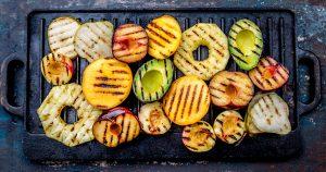Varázslatos gyümölcsök grillen